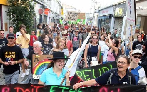 angoulecirc-menbsp-650-personnes-ont-marcheacute-pour-le-climat.jpg